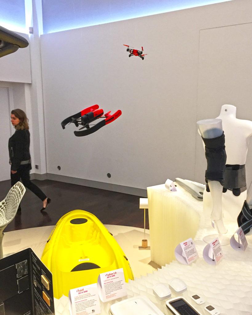 Drone BEBOP design by Entreautre pour PARROT